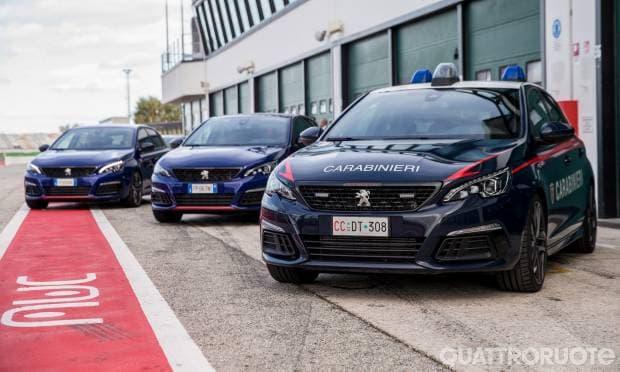 Peugeot 308 GTi I Carabinieri in pista con Paolo Andreucci
