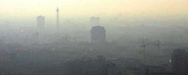 Arpa e smog Lombardia, la metà del Pm 10 è prodotta dai riscaldamenti a legna