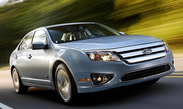 Ford Fusion Hybrid È LEI LA CAR OF THE YEAR AMERICANA