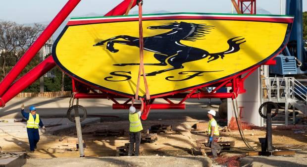 Ferrari Land Lo stemma del Cavallino sulle montagne russe più alte d'Europa