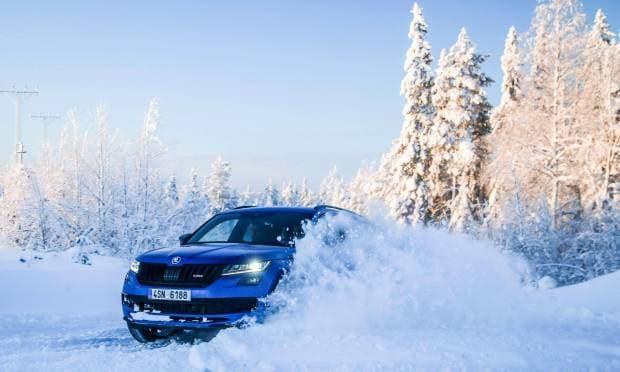 Skoda Kodiaq RS 1.417 km sul ghiaccio in meno di 24 ore - VIDEO