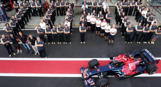 Scuderia Toro Rosso A Milano le dieci STR della carriera in F.1