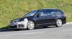 Volkswagen Golf Primi test per la R Variant