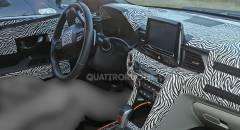 Hyundai Veloster Le prime immagini degli interni