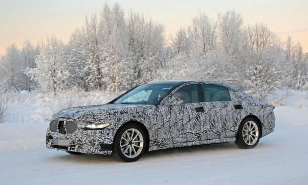 La nuova generazione della Classe S testata sulla neve