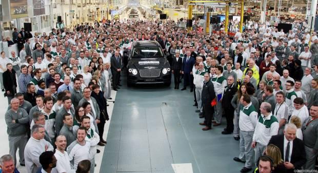 Bentley Bentayga Parte la produzione della super-Suv