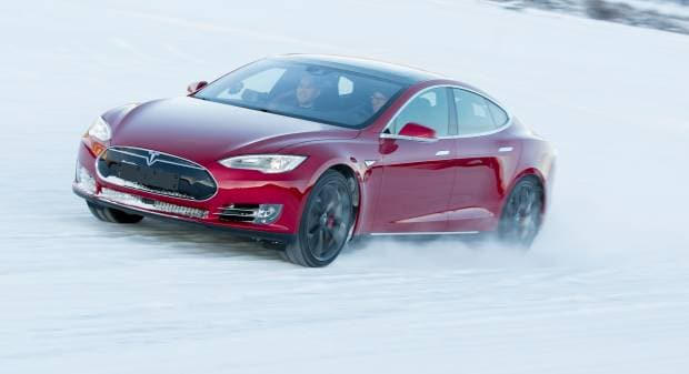 Tesla Model S Usa, l'elettrica guida la classifica delle berline premium