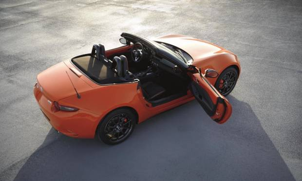 Mazda MX-5 La 30th Anniversary Edition in vendita da 34.250 euro