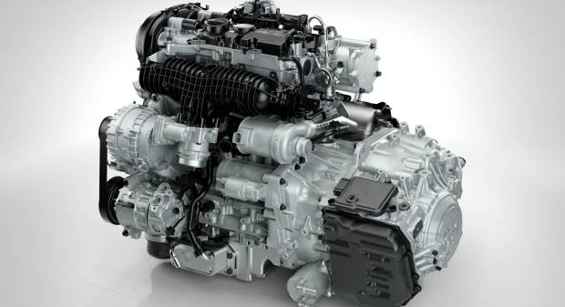 Debutta la T5 con il nuovo 2.0 litri Drive-E