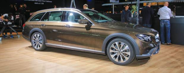 Mercedes-Benz Classe E Alza le ruote con la All-Terrain - VIDEO