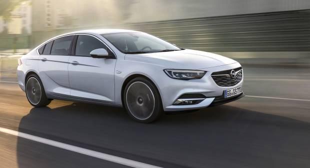 Opel Insignia Grand Sport Cambia mentalità, resta ammiraglia