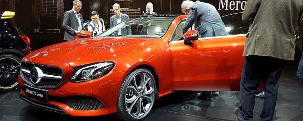 Mercedes-Benz A Detroit svelata la Classe E Coupé - VIDEO