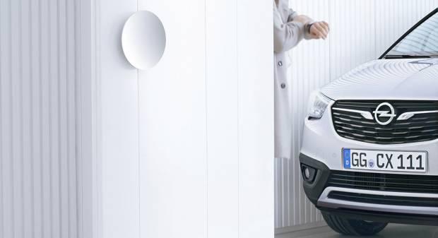 Opel Il primo teaser della Crossland X