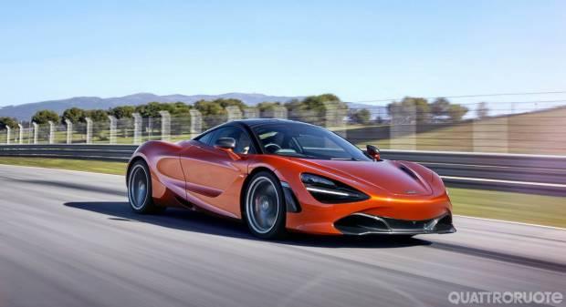 Tolti i veli alla nuova supercar - VIDEO