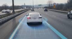 Tesla Autopilot Guida semiautonoma, i clienti hanno percorso 160 milioni di km