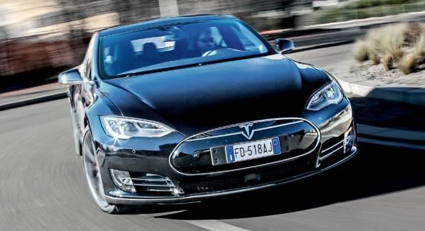Tesla e Mobileye Divorzio all'ombra del caso Autopilot