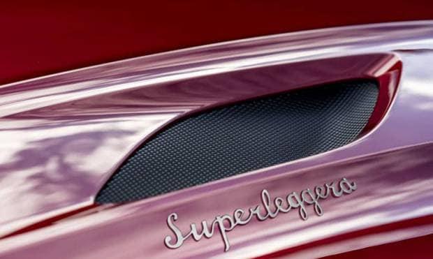 Primo teaser della DBS Superleggera