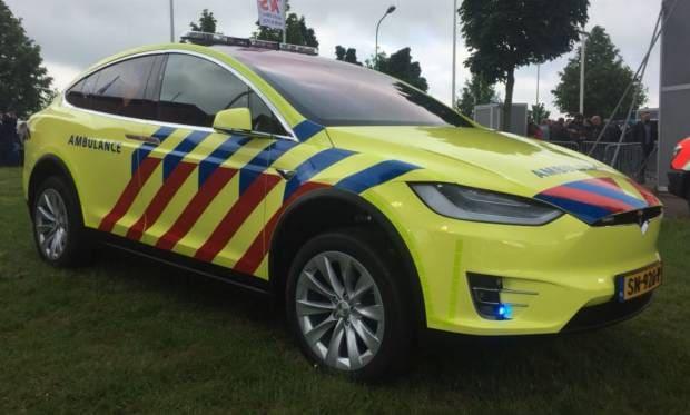 In Olanda diventa un'auto medica