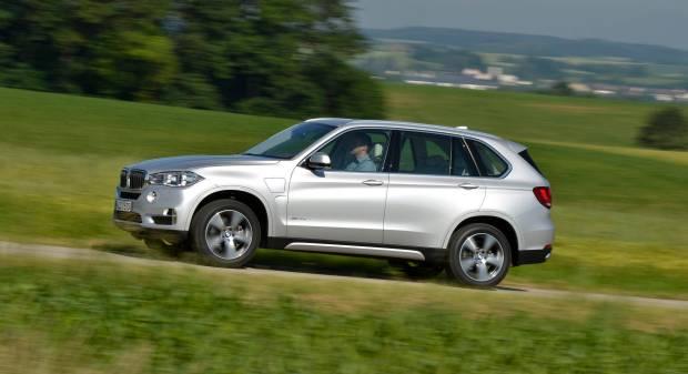 Al volante della xDrive40e