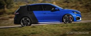 Peugeot 308 R HYbrid Show car a chi?