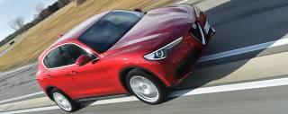 Alfa Romeo Stelvio Al volante della prima Suv del Biscione - VIDEO