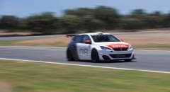 Peugeot 308 Al volante della GTI Racing Cup - VIDEO