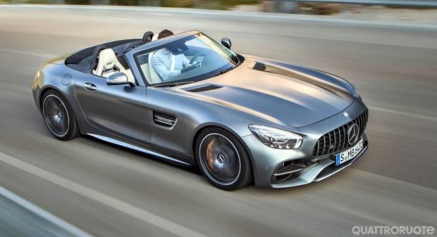 Mercedes-AMG GT Roadster Ecco perché scegliere la versione en plein air - VIDEO