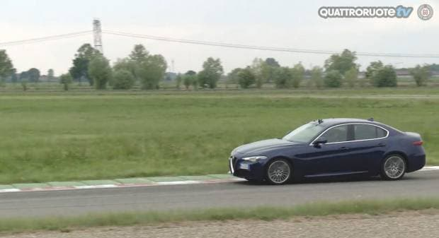 Alfa Romeo Giulia Il giro di pista a Vairano - VIDEO