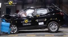 Cinque stelle alla Nissan Qashqai