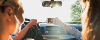 Sul nuovo Quattroruote Rischierà subito la patente chi guida col telefonino