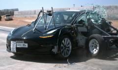 Cinque stelle nei crash test della NHTSA