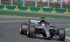 Pole per Hamilton, Raikkonen in prima fila