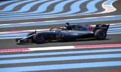Lewis Hamilton conquista la pole position