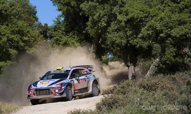 In Sardegna a bordo della Hyundai i20 WRC - VIDEO