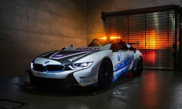 BMW i8 Roadster La nuova Safety car della Formula E