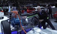 Dall'ibrido plug-in all'elettrico parallelo - VIDEO