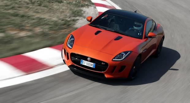Jaguar F-type  La prova della coupé S 3.0 V6