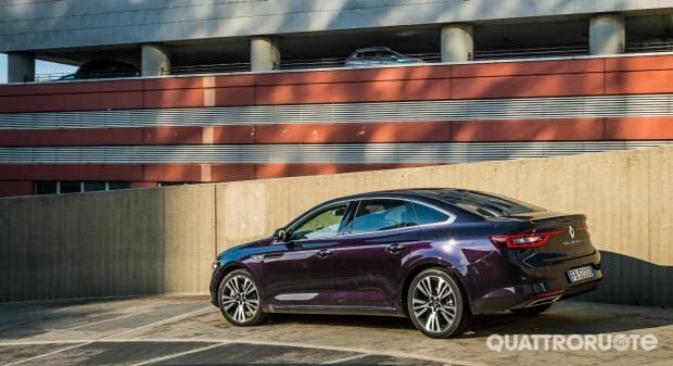 Renault Talisman La prova della 1.6 dCi 160 Edc Initiale Paris