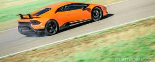 Su Quattroruote di ottobre La prova della Lamborghini Huracán Performante