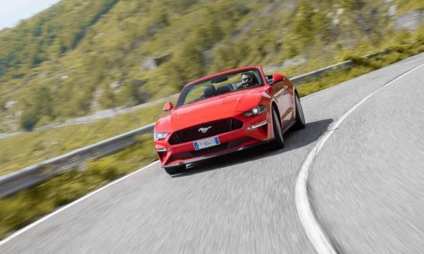 Ford Mustang La prova della 5.0 V8 GT Convertible