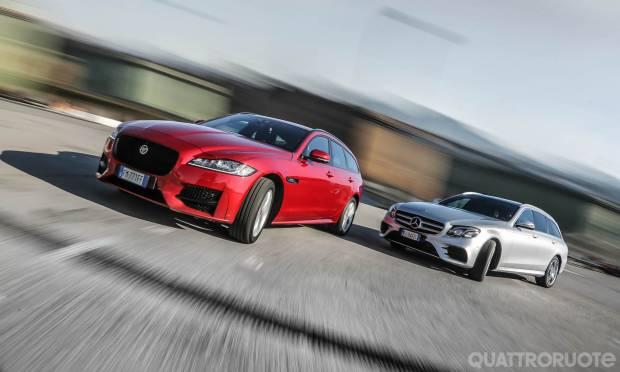 Su Quattroruote di aprile La sfida tra Jaguar XF Sportbrake e Mercedes E 220 SW