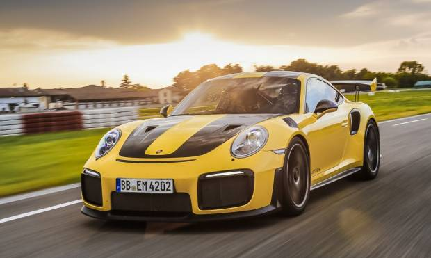 La prova della Porsche 911 GT2 RS - VIDEO