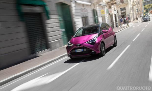 Sul numero di agosto La prova della Toyota Aygo 1.0 VVT-i 5 porte x-cite