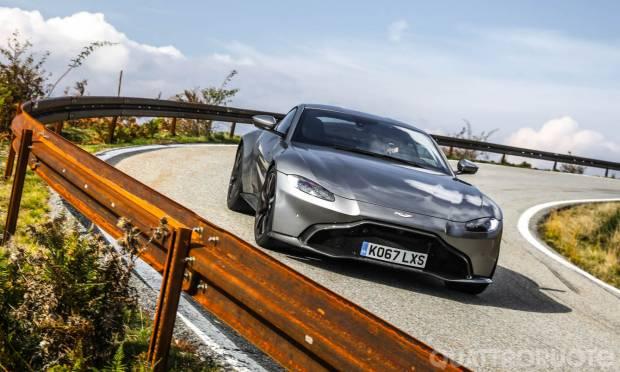 Aston Martin La prova della Vantage