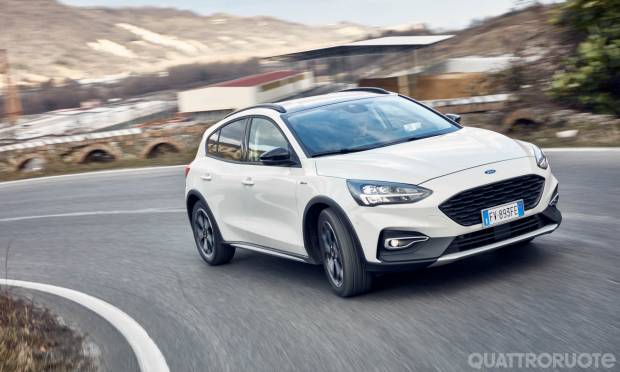 Sul numero di aprile La prova della Ford Focus Active